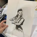 J. Scott Campbell dibuja a Rey durante Light Box Expo